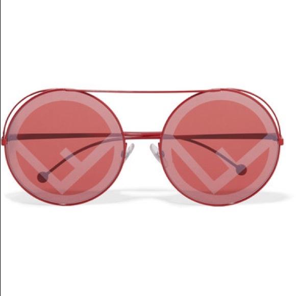 c03f48a381 Fendi sunglasses new